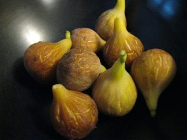 Fresh figs 8-12