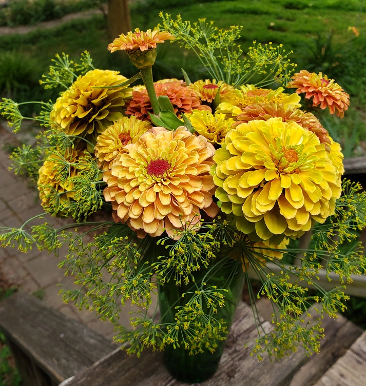Zinnia Bouquet2